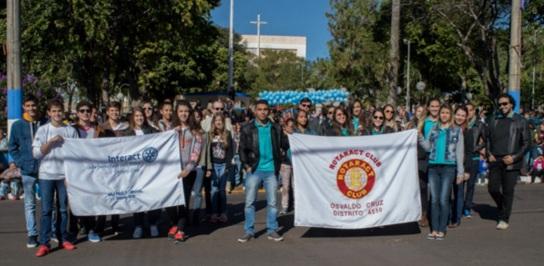 6 de Junho - Desfile de 75 anos, em 2016 - Rotary Club – Osvaldo Cruz (SP) – 76 Anos.