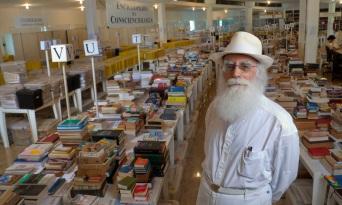 12 de Abril - 1932 — Waldo Vieira, médico brasileiro fundador da Conscienciologia (m. 2015).