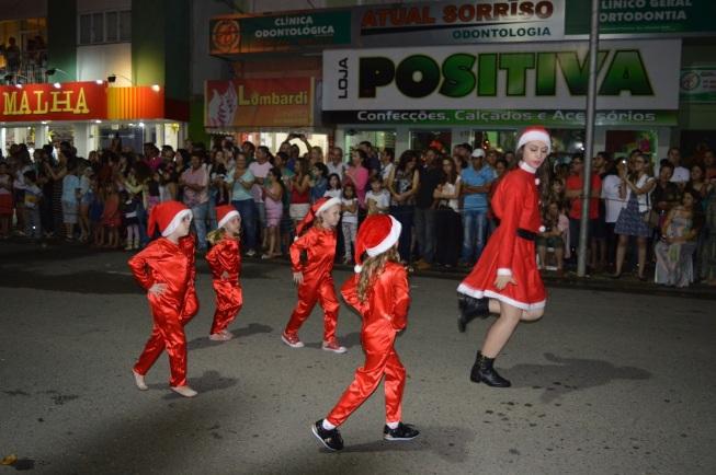 12 de Setembro – Desfile Natalino — Canoinhas (SC) — 106 Anos em 2017.