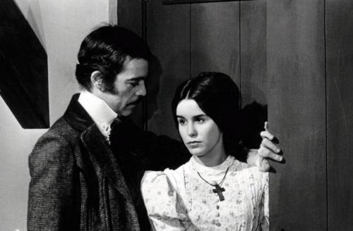 20 de Maio - Lucélia Santos com Rubens de Falco em Escrava Isaura.