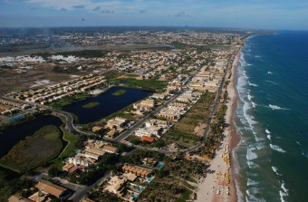 31 de Julho - Vista aérea da cidade — Estrada do Côco - Lauro de Freitas (BA) — 55 Anos em 2017.