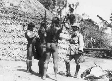 5 de Maio - Marechal Rondon com índios.