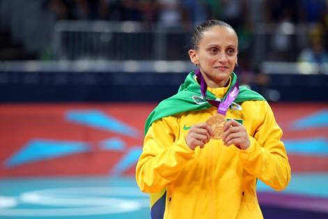 7 de Março - Fabiana de Oliveira, jogadora de voleibol brasileira