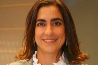 12 de Abril - 1975 — Carol Machado, atriz brasileira.