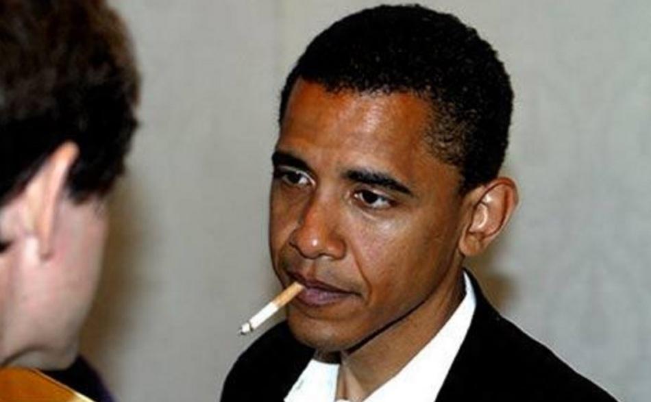 barack-obama-advogado-e-politico-fmando-smoking