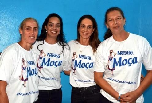14 de Agosto – Ana Moser - 1968 – 49 Anos em 2017 - Acontecimentos do Dia - Foto 3 - Ida, Ricarda, Fernanda Venturini e Ana Moser sendo homenageadas (Foto de João Pires - Fotojump).