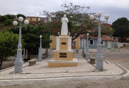 3 de Junho - Praça com monumento a Padre Cícero - Piranhas (AL) - 130 Anos.