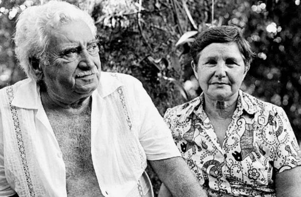 2 de Julho - Jorge Amado e Zélia Gattai.