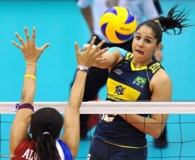 4 de Abril - 1989 — Natália Pereira, jogadora brasileira de vôlei.