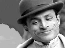 20 de Abril - 1952 – Chiquinho Brandão, ator e músico brasileiro.