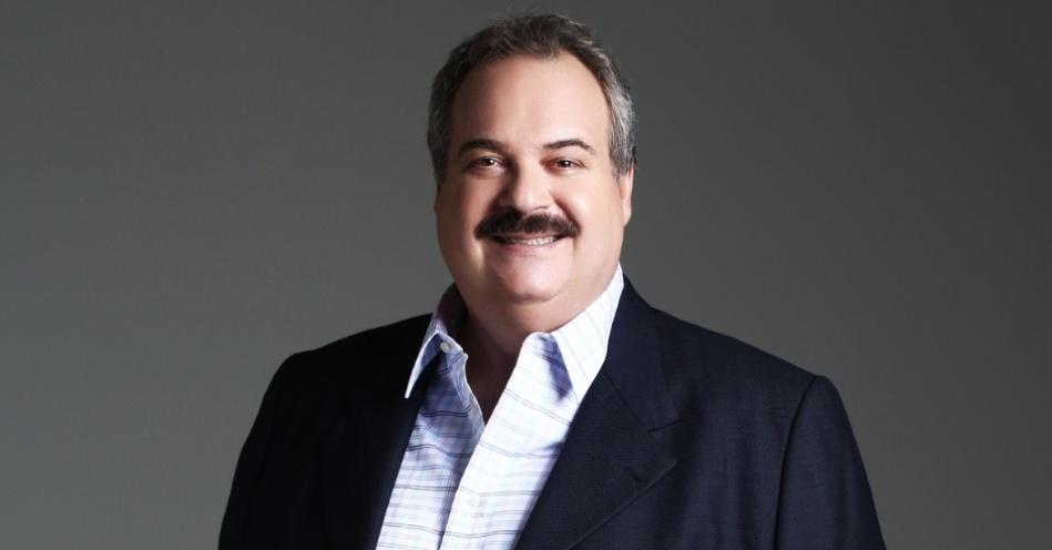 3-de-dezembro-gilberto-barros-apresentador-de-televisao-brasileiro