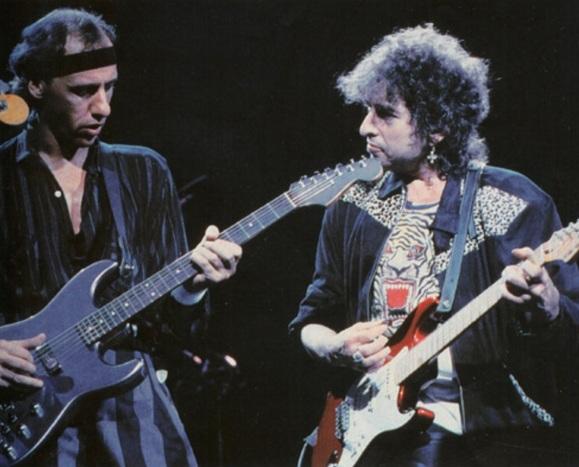 12 de Agosto – Mark Knopfler - 1949 – 68 Anos em 2017 - Acontecimentos do Dia - Foto 14 - Mark Knopfler e Bob Dylan.