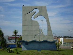 5 de Maio - Garça (SP) - escultura de uma garça.
