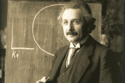 18 de Abril - 1955 — Albert Einstein, cientista alemão (n. 1879).