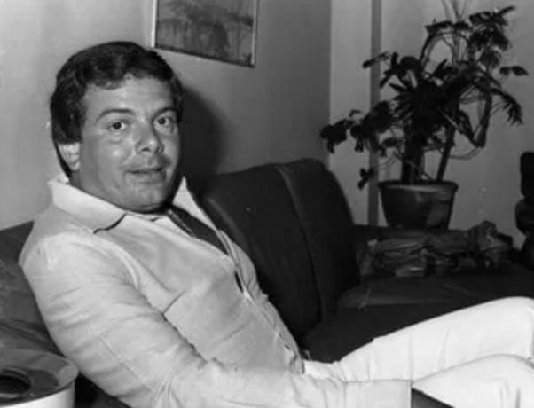 4 de Julho – Luciano do Valle, locutor esportivo, apresentador, empresário, brasileiro.
