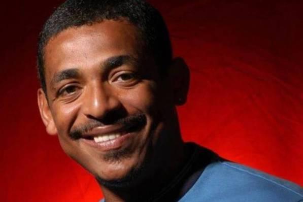 13 de março - Vampeta, ex-futebolista e treinador de futebol brasileiro.