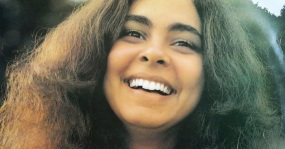 25-de-janeiro-diana-pequeno-cantora-e-compositora-brasileira