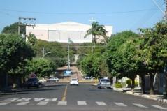 6 de Junho - Vista da igreja matriz – Osvaldo Cruz (SP) – 76 Anos.