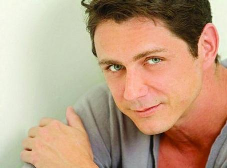5 de Julho – 1968 – Petrônio Gontijo, ator brasileiro.