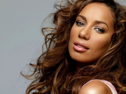 3 de Abril - 1985 — Leona Lewis, cantora britânica.