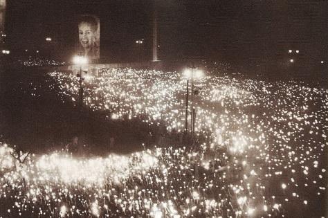 7 de Maio - Funeral de Eva Perón.