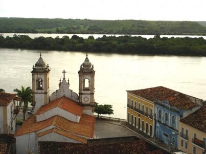 12 de Abril - Penedo (AL) - Tomada da igreja e casas.