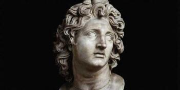 20 ou 21 de julho - Alexandre, o Grande foi rei (basileu) do reino grego antigo da Macedônia e um membro da dinastia argéada