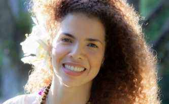 10-de-fevereiro-vanessa-da-mata-cantora-brasileira