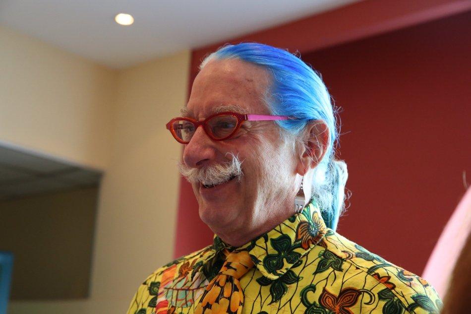 hunter-doherty-patch-adams-com-criancascom-cabelos-azuis