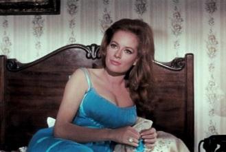 10 de Junho - 1937 — Luciana Paluzzi, atriz italiana.