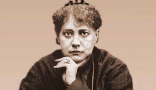 8 de Maio - 1891 — Helena Blavatsky, escritora russa (n. 1831).