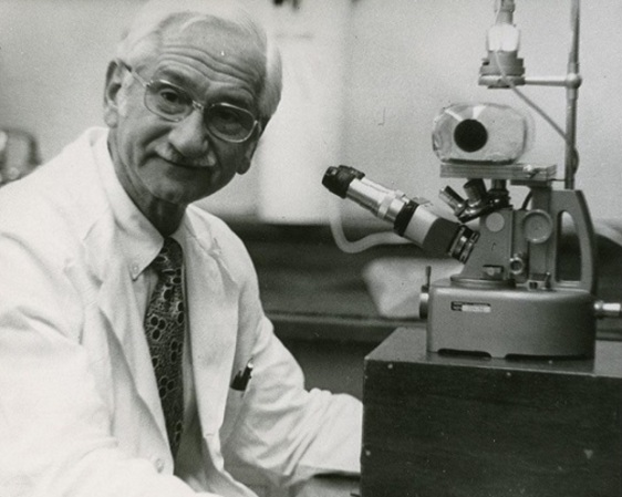 3-de-marco-albert-sabin-medico-pesquisador-polones