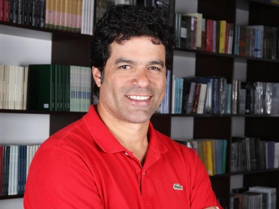 15 de maio - Raí, futebolista brasileiro
