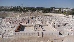 12 de Março - 515 a.C. - Modelo do Segundo Templo de Jerusalém.