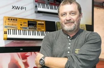 5 de Outubro - 1958 — Luiz Schiavon, músico brasileiro, tecladista do RPM.