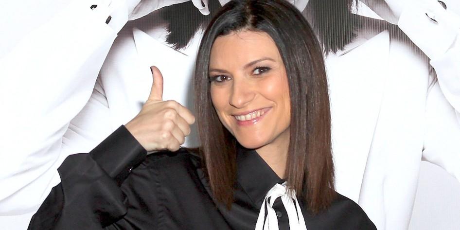 16 de maio - Laura Pausini, cantora