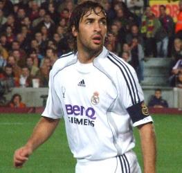 27 de Junho - 1977 — Raúl, futebolista espanhol.