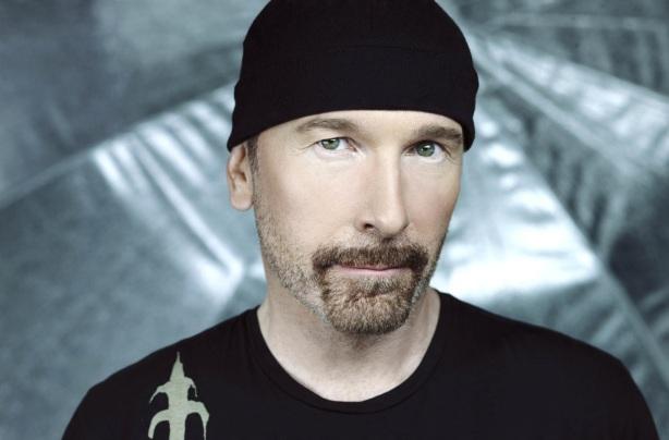 8 de Agosto – 1961 - David 'The Edge' Evans, guitarrista da banda irlandesa U2.