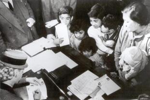 7 de Maio - 1919 – Fundação Eva Perón.