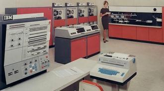 7 de Abril - 1964 — IBM anuncia o System-360.