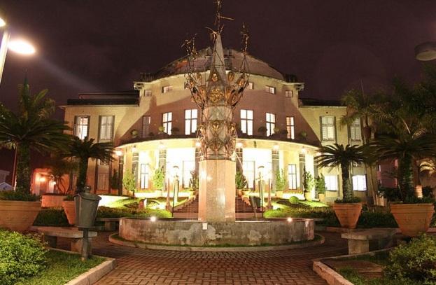 2 de Setembro – Teatro Carlos Gomes, situado na rua XV de novembro — Blumenau (SC) — 167 Anos em 2017.