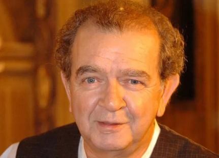 25 de Abril - 1941 — Umberto Magnani, ator brasileiro (m. 2016).