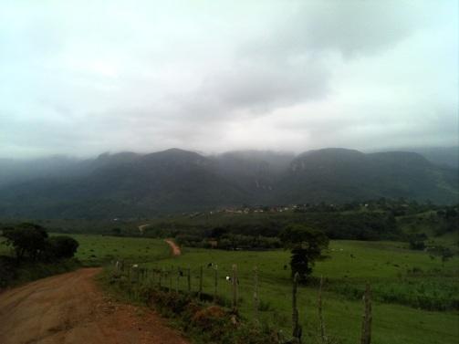 9 de Outubro - Vista da Serra dos Alves — Itabira (MG) — 169 Anos em 2017.