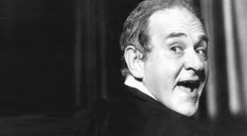 4 de Maio - 1929 – Ronald Golias, ator e comediante brasileiro (m. 2005).