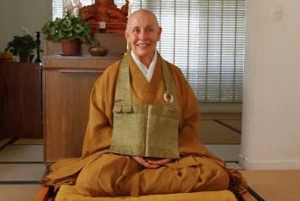 30 de Junho — 1947 – Monja Coen (Coen Sensei), monja zen budista brasileira e missionária oficial da tradição Soto Shu com sede no Japão.
