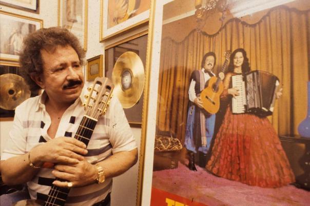 3-de-marco-teixeirinha-cantor-e-compositor-brasileiro