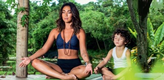 21 de Setembro – Daniele Suzuki - 1977 – 40 Anos em 2017 - Acontecimentos do Dia - Foto 5 - Daniele Suzuki com seu filho Kauai.