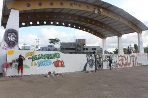 17 de Setembro – Grafiteiros pintam o Palco Central da Praça 48 — Alvorada (RS) — 52 Anos em 2017.