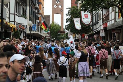 2 de Setembro – Oktoberfest — Blumenau (SC) — 167 Anos em 2017.