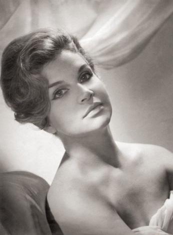 23 de Agosto — Tônia Carrero - 1922 – 95 Anos em 2017 - Acontecimentos do Dia - Foto 2.